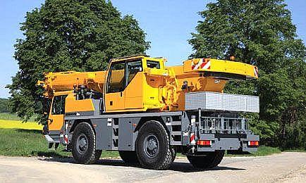 Autojeřáb Liebherr 35 tun